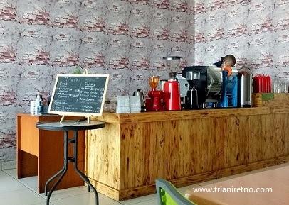 Coger Madani, Kedai Kopi di Bandung dengan Harga Seikhlasnya