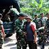 Tangis Haru Iringi Kembalinya Pasukan Satgas TMMD Panggang Ke Barak.