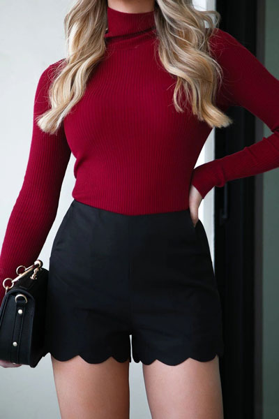 Fall in love this winter season with these cozy sweater outfits. Winter Fashion via higiggle.com | maroon sweater with shorts | #sweater #outfits #fashion #style