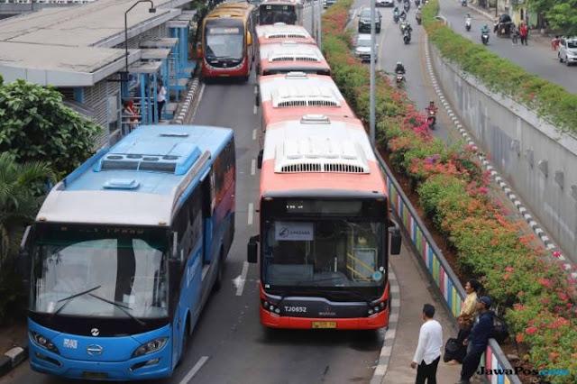 Terlindas Bus Transjakarta di Jalan Gatot Subroto, Pemuda Ini Tewas