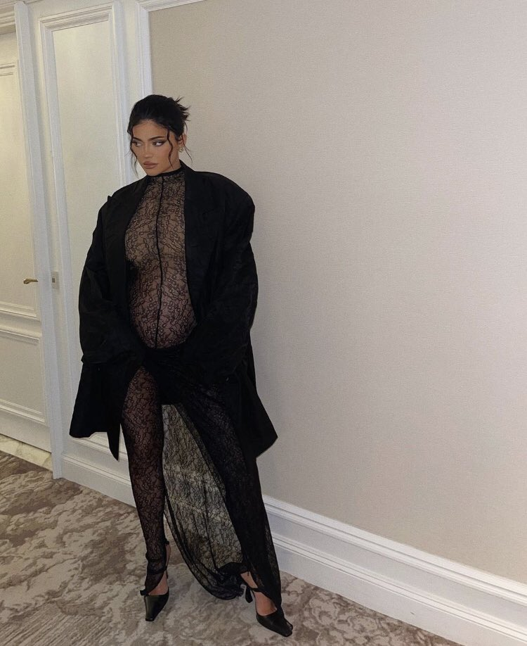 Kylie Jenner wears LaQuan Smith Spring 2022