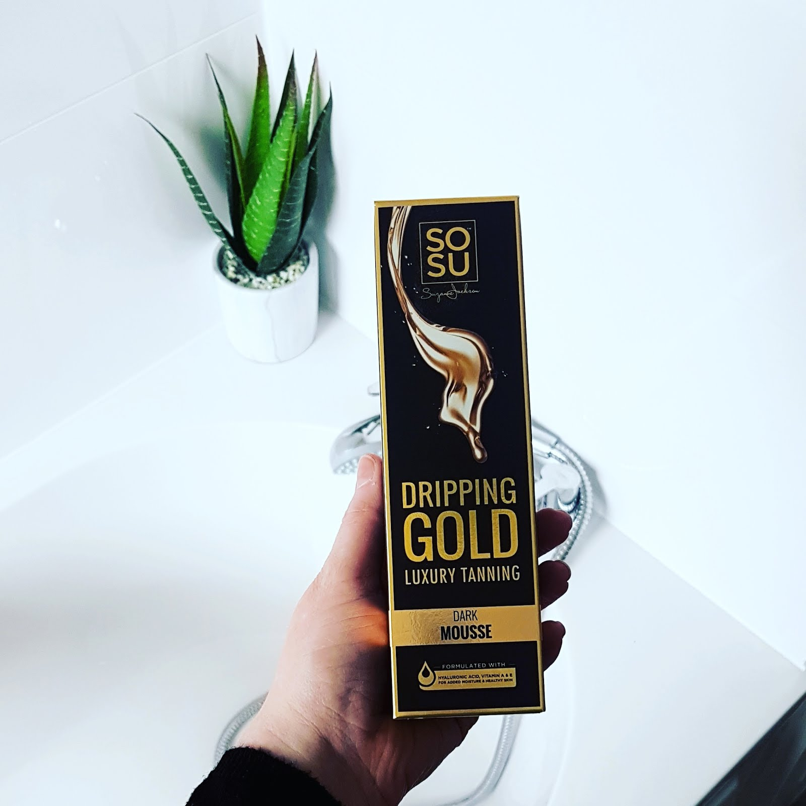 dc7f4054206 SoSu Dripping Gold Review | The Life and Style of Jen