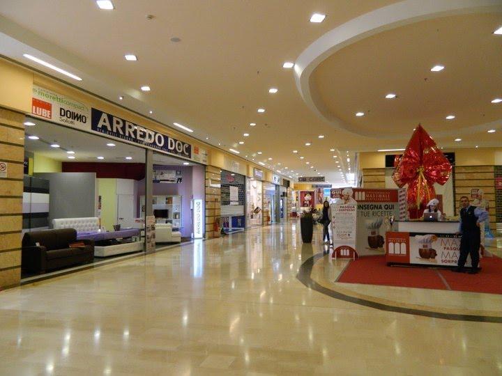 online retailer 80a3c 91d7d Tecnologia elettronica: Centro commerciale maximall salerno