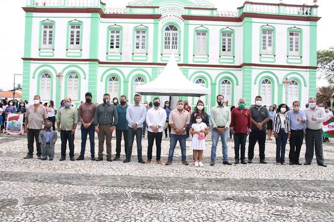 Canavieiras Ba: comemora 7 de setembro com ato cívico