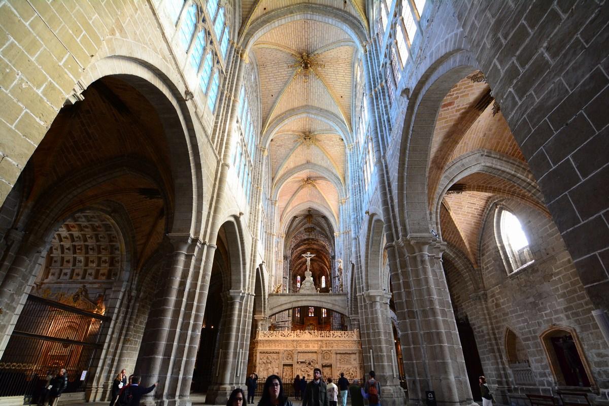 Nef de la cathédrale d'Avila.