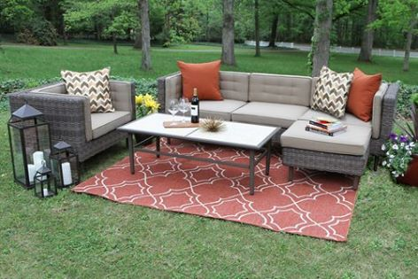 Practical Backyard Landscaping Ideas 2016 with outdoor sitting area
