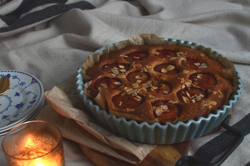 Almond Cake Recipe Jamie Oliver: ALMOND, POLENTA & RUM PLUM CAKE