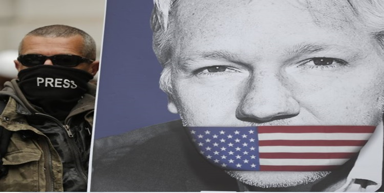 Julian Assange: Os verdadeiros heróis são calados perseguidos e mortos