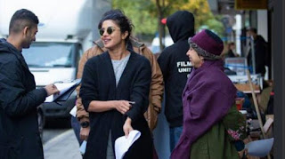 Priyanka's indigenous style in London, Yun boil coconut on set