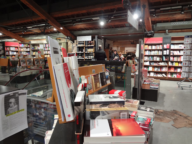 Libreria Ambasciatori en Bolonia