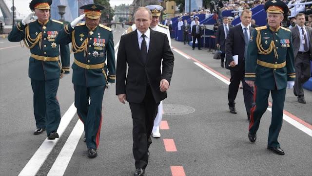 Putin preocupado por 'ciertos defectos' en industria militar rusa