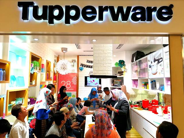 Rangkaian ulang tahun Tupperware