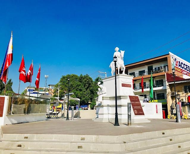 Andres Bonifacio cenotaph in Pasig