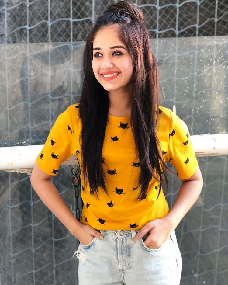 Jannat Zubair In Yellow Dress