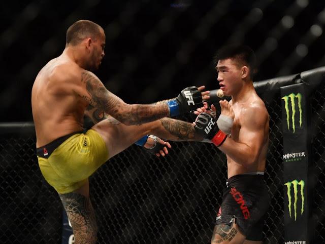 Marlon Vera Kicks Song Yadong UFC on ESPN 8