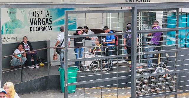 Médicos Sin Fronteras vela por pacientes del hospital Vargas