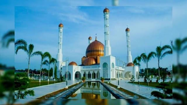 Destinasi Wisata Religi Masjid Al-Ikhlas di Kabupaten Rohil