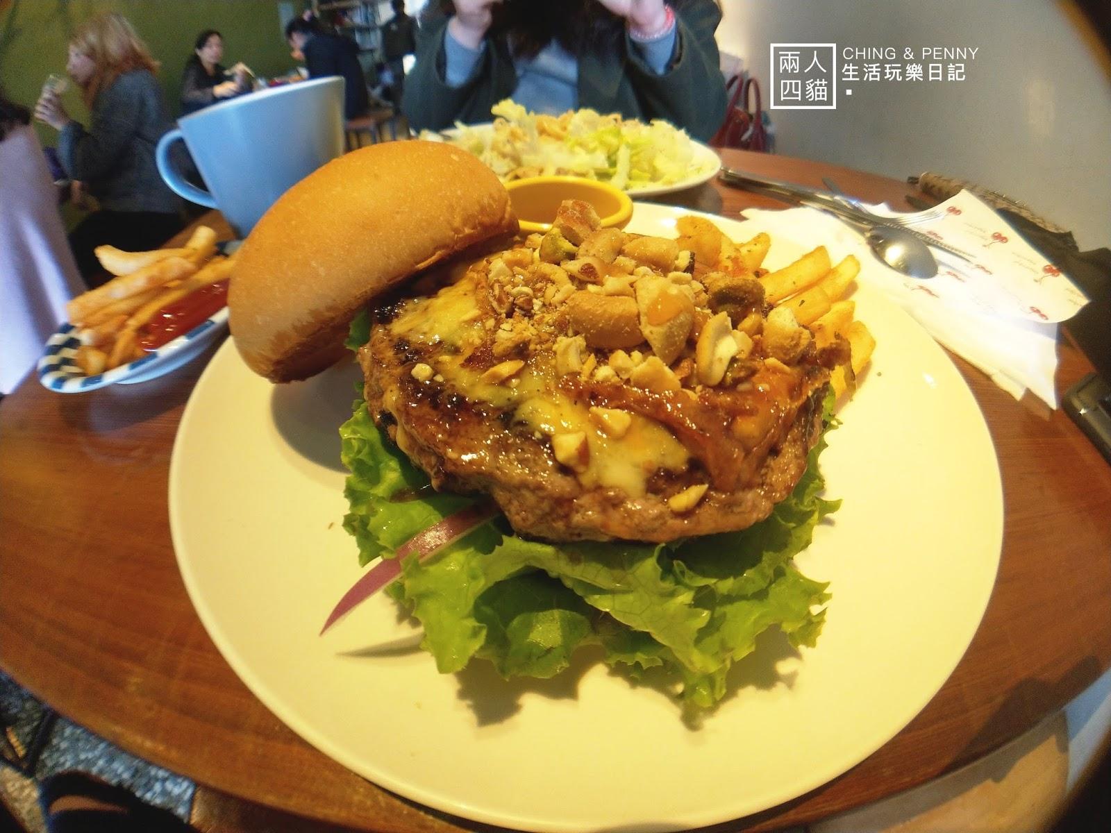 焦糖堅果牛肉堡 Kitchenette CAFE小廚房