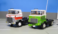 tomica limited vintage LV-N89a Hino lv-n90a Tractor