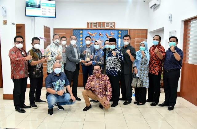 DPRD Jabar Apresiasi BJB Cabang Kota Tegal , Performa Baik Ditengah Pandemi Covid-19