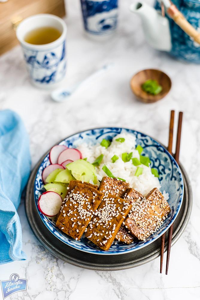 Tofu smażone z sezamem