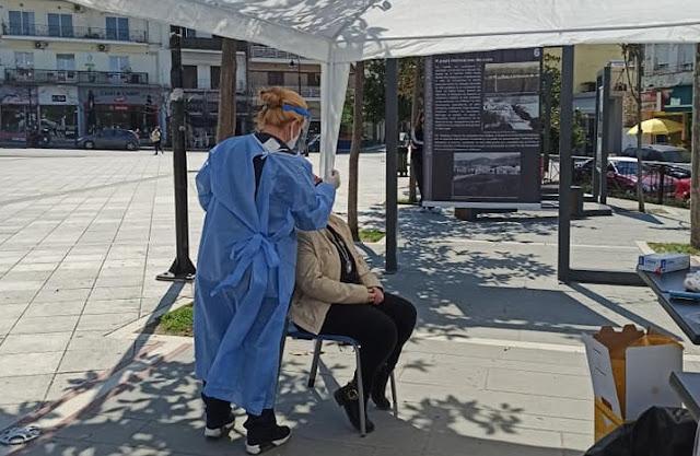 Ηγουμενίτσα: 8 θετικά στα rapid tests στην πλατεία