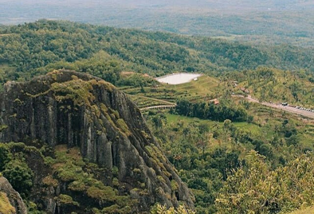 Lokasi dan Tiket Masuk Gunung Api Purba Nglanggeran GunungKidul