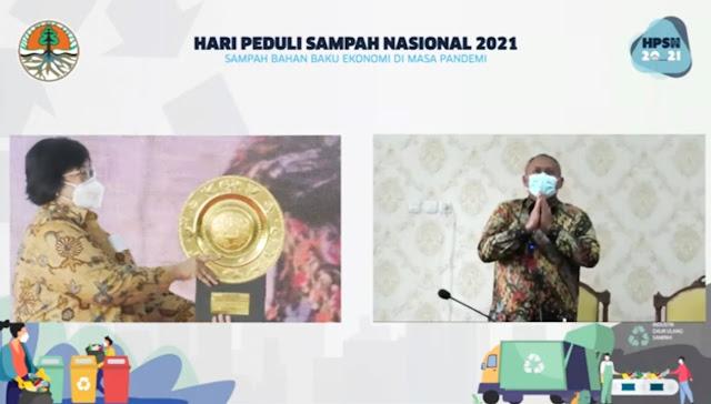 HPSN 2021, Pemkot Surabaya Terima Penghargaan dari Kementerian LHK