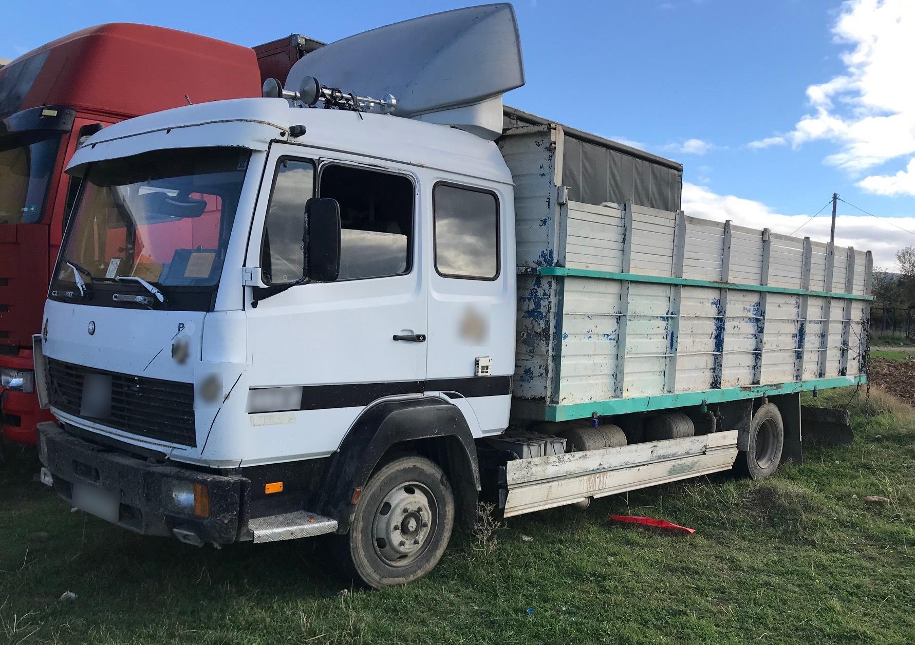 Θράκη: Καταδίωξη διακινητών και τροχαίο με φορτηγό