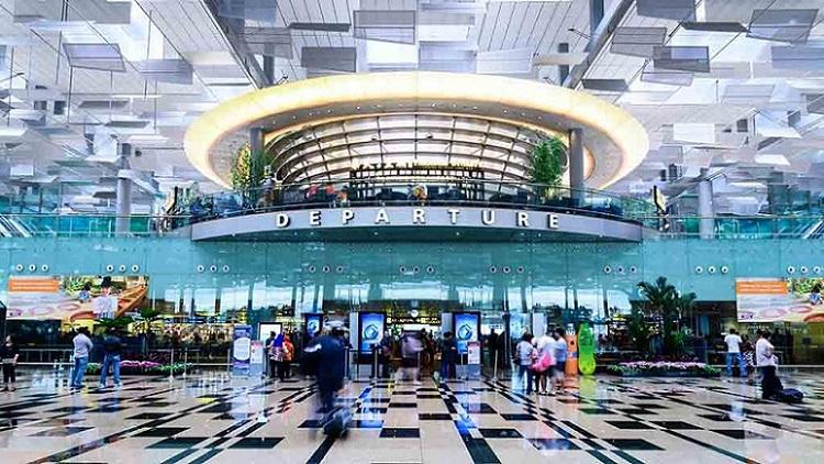 Ini Penyebab Changi Airport Menjadi Bandara Terbaik di Dunia