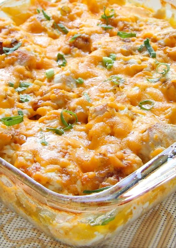 Loaded Baked Chicken Potato Casserole #recipes #dinnerideas #quickdinnerideas #food #foodporn #healthy #yummy #instafood #foodie #delicious #dinner #breakfast #dessert #lunch #vegan #cake #eatclean #homemade #diet #healthyfood #cleaneating #foodstagram