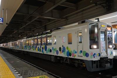 北千住駅駅停車中のスカイツリートレイン634型