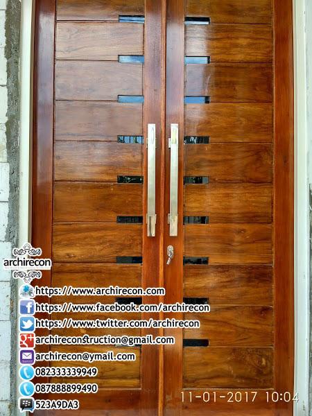 Renovasi Tampak Bangunan Minimalis - Detail Kusen Pintu