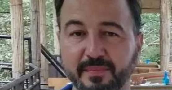Иван Младеновић – ОДЛАЗИМ ОДАВДЕ