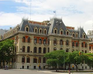 A Faculdade de Engenharia, em San Telmo, Buenos Aires
