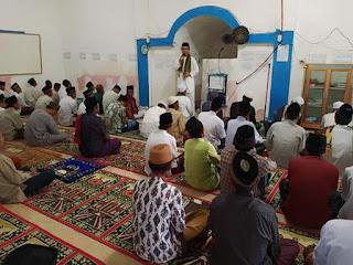 Sholat Aidul Adha di Kagungan dalam,Wabup Tuba Hendriwansyah Serahkan Hewan Kurban