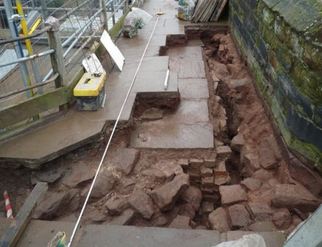 Chester city walls repairs uncover Roman gate tower remains