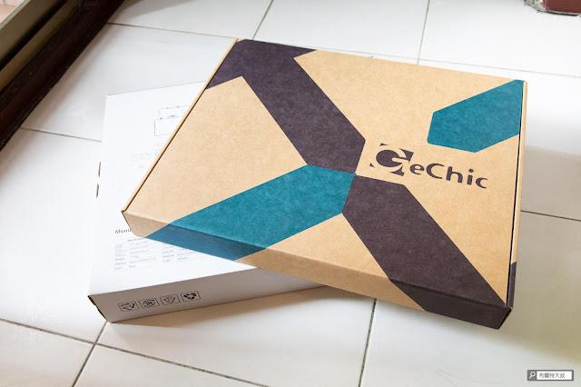 【開箱】滿版視野、極致輕巧,給奇 GeChic 2101H 攜帶式螢幕 - 購買 GeChic 攜帶式螢幕產品還會附上攜行袋