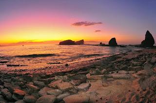 Pantai Papuma (Papuma Beach)