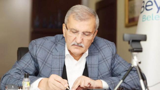 Beykoz Belediye Başkanı Murat Aydın kimdir? aslen nerelidir? kaç yaşında? nereden geldi? asıl mesleği ne? evli mi? eşi kim? biyografisi ve hayatı hakkında kısa bilgi.