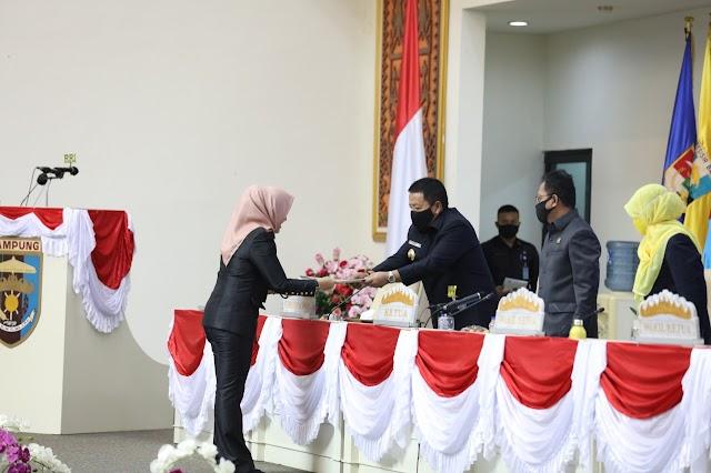Rapat Paripurna DPRD Provinsi Lampung LKPJ dan Penyusunan Program Eksekutif - Legislatif