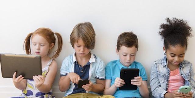 Anak Kecanduan Ponsel