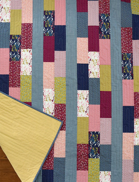 Simple Bricks free quilt pattern from Andy of A Bright Corner - a fat quarter pattern that's quick and easy!