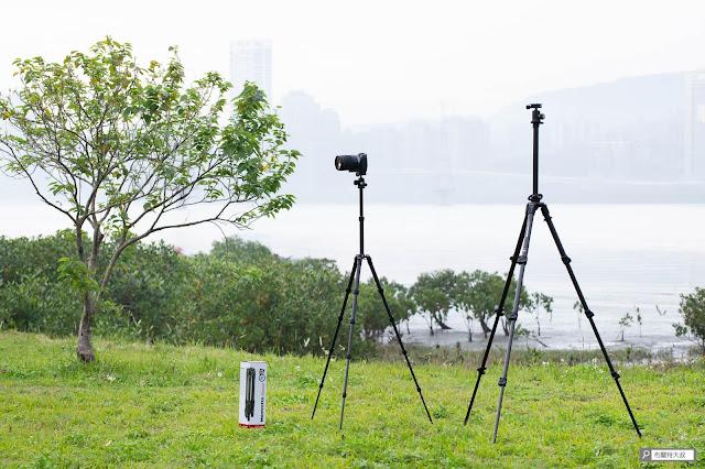 【攝影器材】Manfrotto Element 腳架,輕巧帶你走得更遠 - 對比 055 腳架展開高度