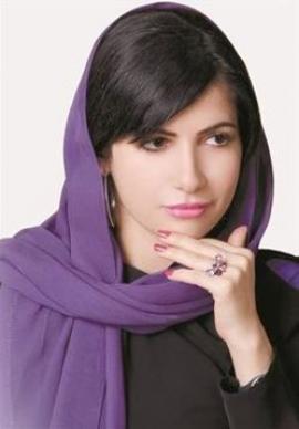 مريم راشد المذيعة العراقية الجميلة