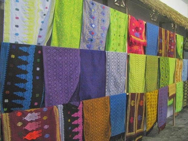 Tenun Songket Sukerare Lombok Tengah