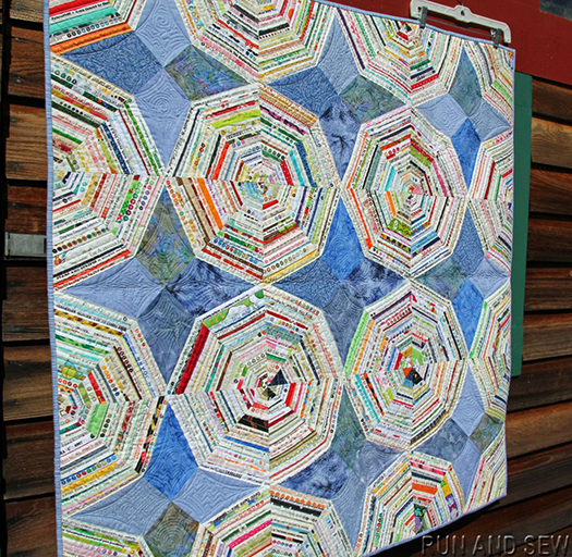 Selvage Quilt designed by AnnMarie Cowley of Runandsew Quilts