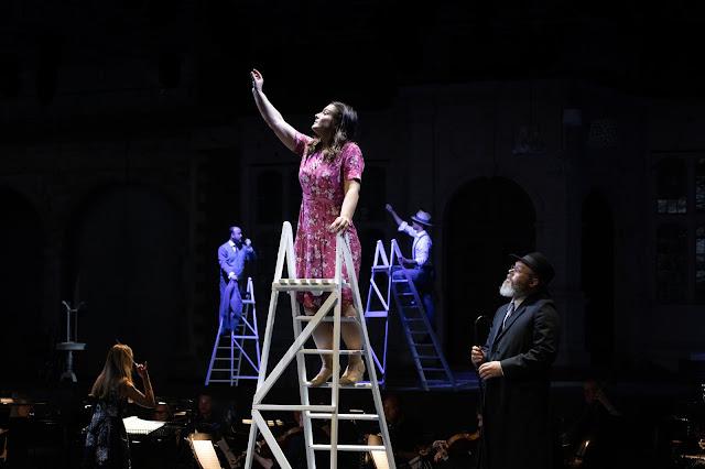 Mascagni: L'amico Fritz - Katie Bird as Suzel, Paul Carey Jones as David - Opera Holland Park, 2021 (Photo Ali Wright)