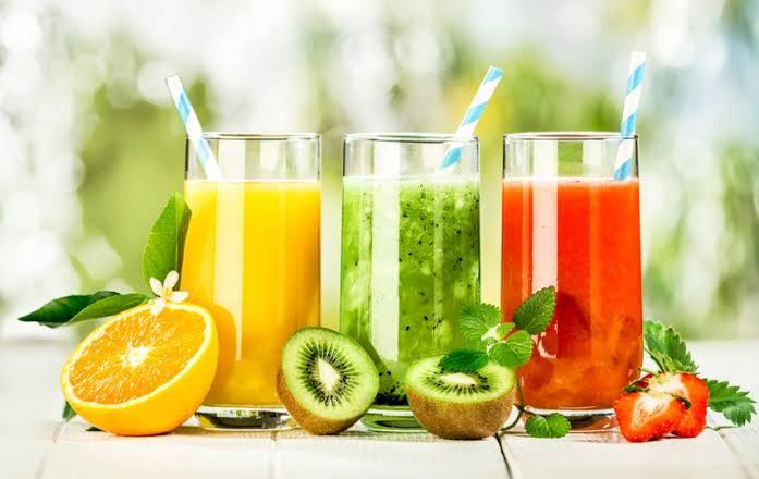 jus buah dengan biji selasih