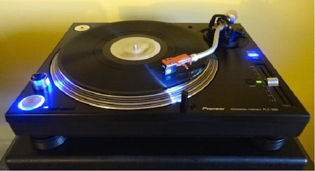 Apa Bagusnya Pioneer PLX-1000 turntable